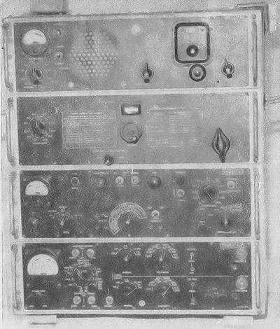 Československá lidová armáda - RÁDIOVÝ PŘÍJMAČ R-154-2(M)